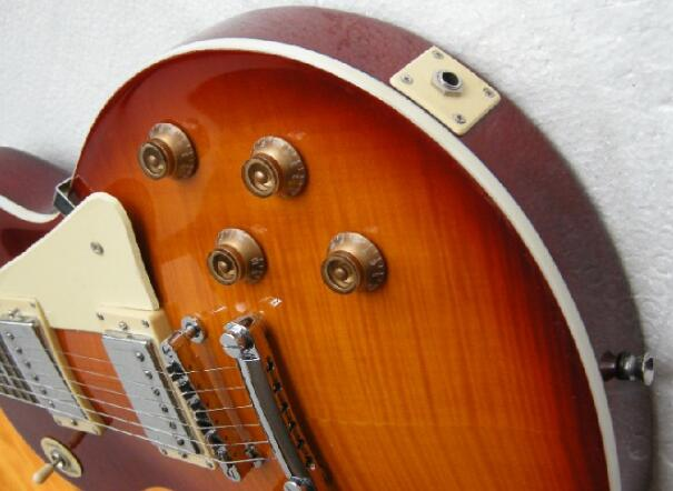 Free Shipping Sunburst Electric Guitar With Mahogany Body Rosewood Fretboard 7yue9