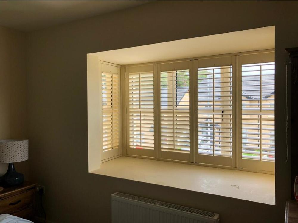 Custom Basswood Plantation Shutters Wooden Blinds Solid Wood Shutter Louvers PS254