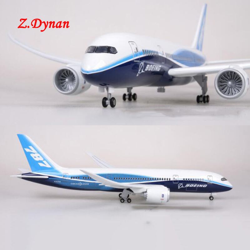 47CM Airplane Model Toys Boeing B747 Dreamliner Aircraft Model With Light and Wheels 1/130 Scale Diecast Plastic Resin Plane