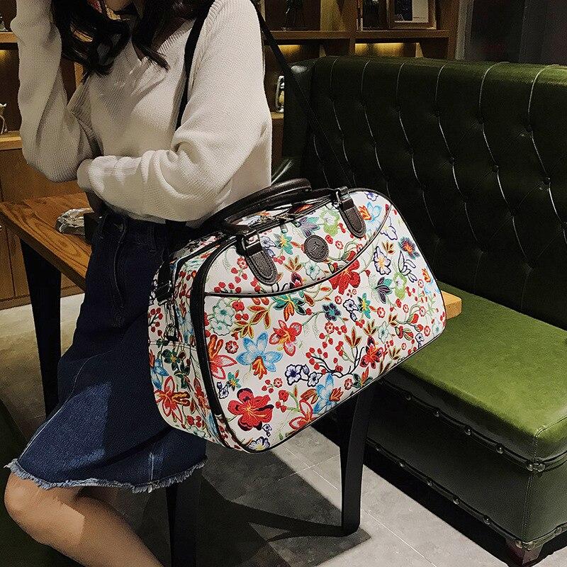 Image 4 - Кожаные женские Туристические сумки с ручками Новая мода портативный ручной Багаж цветочный вещевой мешок водонепроницаемый выходные сумки для леди XA790WB-in Дорожные сумки from Багаж и сумки on AliExpress