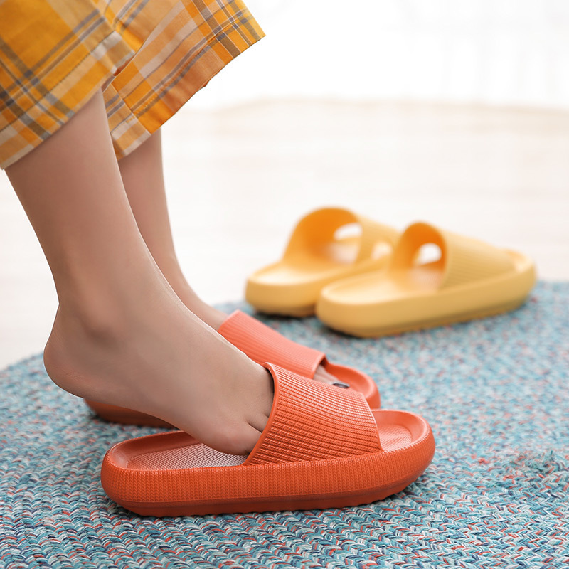 Non-slip cushion slippers