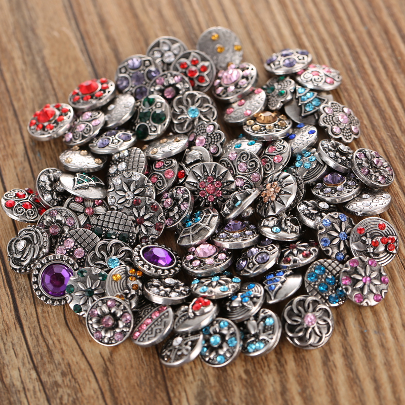 10pcs/lot New <font><b>12MM</b></font> <font><b>Snap</b></font> <font><b>Jewelry</b></font> Lots Rhinestone Flower Mini Metal <font><b>Snap</b></font> <font><b>Buttons</b></font> Fit <font><b>12mm</b></font> <font><b>Snap</b></font> <font><b>Button</b></font> Bracelet Earrings Necklaces image
