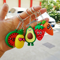 Nette Cartoon Obst Keychain PVC Karotte Erdbeere Ananas Wassermelone Schlüsselanhänger Für Frauen Männer Schlüssel Kette Auto Schlüssel Ring Schmuck