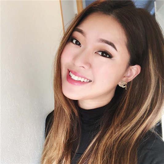 高颜值华裔女孩克丽斯推特发布 高清1080P原版无水印[17P/2V/355MB]