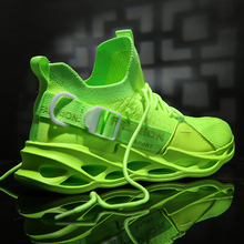 Men Sneakers Black Mesh Breathable Running Sport Shoes Male Lace Up Non-slip Men Low Athletic Sneakers Casual Mens Shoes
