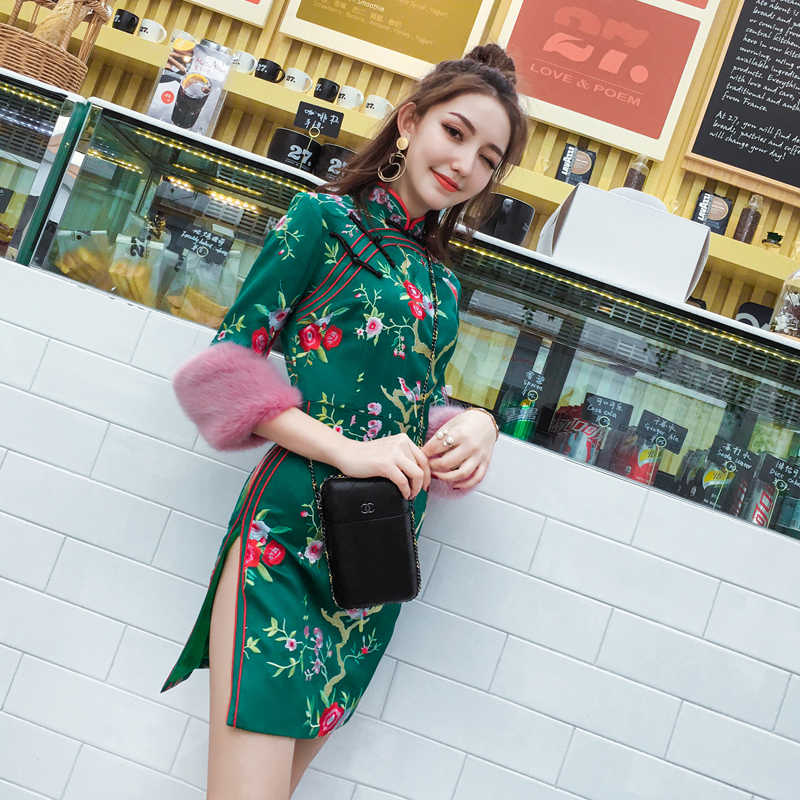 Voorjaar 2020 Vintage Jurk Chinese Stijl Traditionele Cheongsam Qi Pao Borduurwerk Bloem Drie Kwart A-lijn Jurk Sexy Split