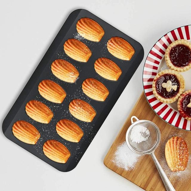 Non-Stick Madeleine Baking Molds x 2