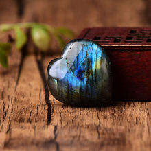 Wholesale Natural Labradorite Heart Shape Crystal Moonstone The Heart Of The Ocean Reiki Healing Stone Mineral Jewelry Pendant H