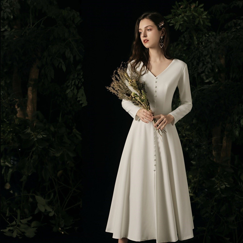 Beach Wedding Dresses With Button 2020 Vestido De Novia Long Sleeves Satin Bridal Gowns Middle Length