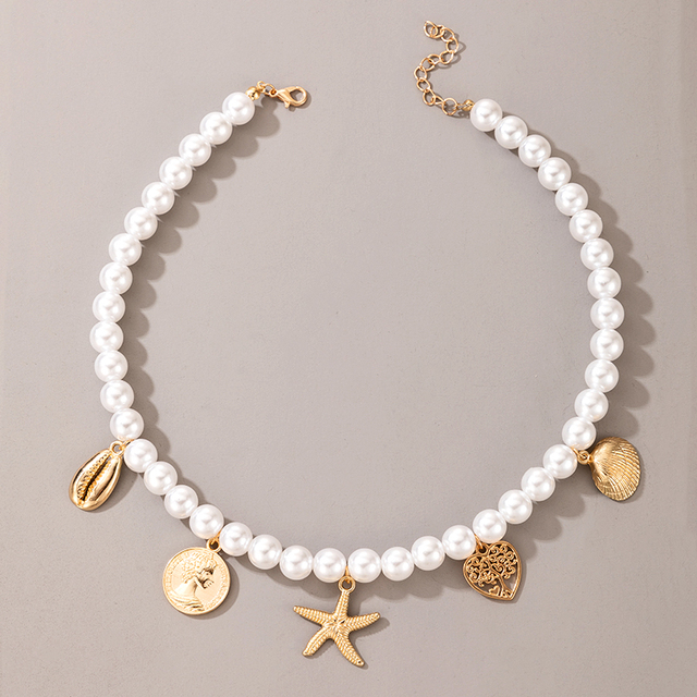 pearl and pendant necklace 2