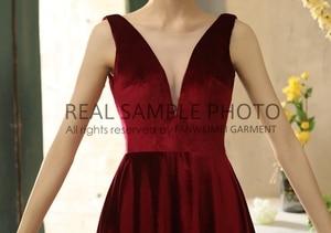 Image 4 - Simples veludo v pescoço sem costas chá comprimento vestido de noite vestido de baile 100% amostra real foto preço de fábrica