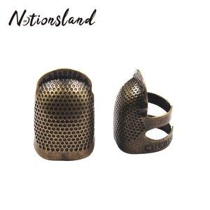 Retro Protector de dedo hecho a mano Metal latón dedal para coser anillo antiguo hogar DIY herramientas de costura para manualidades Accesorios