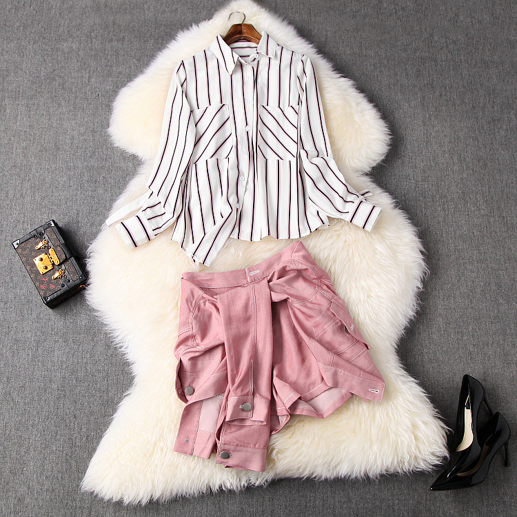 New European and American women's dresses for spring 2020 Long sleeve striped shirt lace-up Wide-legged pants Shorts suit
