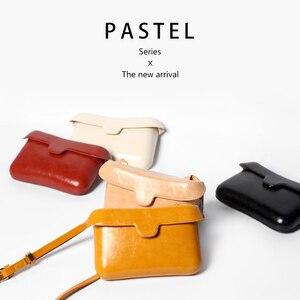 Image 2 - Kleine Platz Messenger Schulter Taschen Leder Klappe Einfache Designer Handtaschen Vintage Casual Umhängetasche Für Frauen 2020