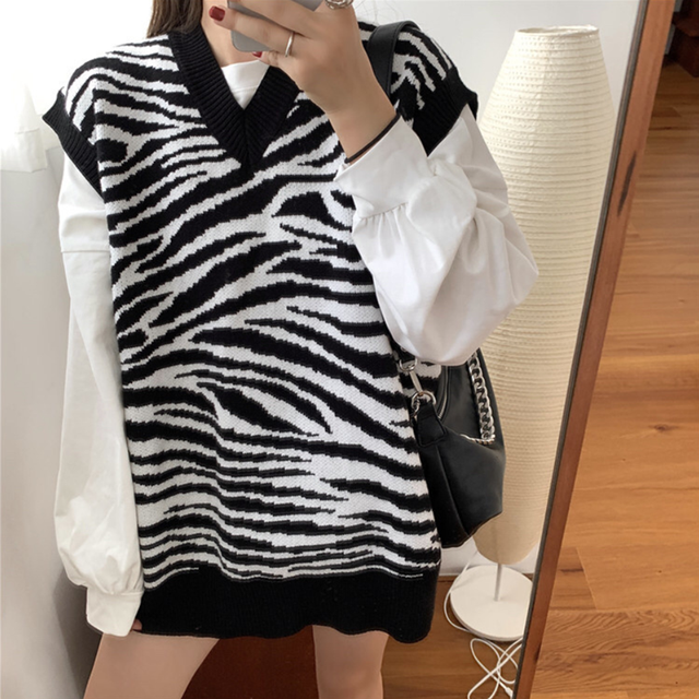 Women Waistcoat Sweater Vest Fashion Zebra Pattern Knitted Sweaters Pullover V Neck Autumn Winter Warm Tops Loose Woman Clothes 1