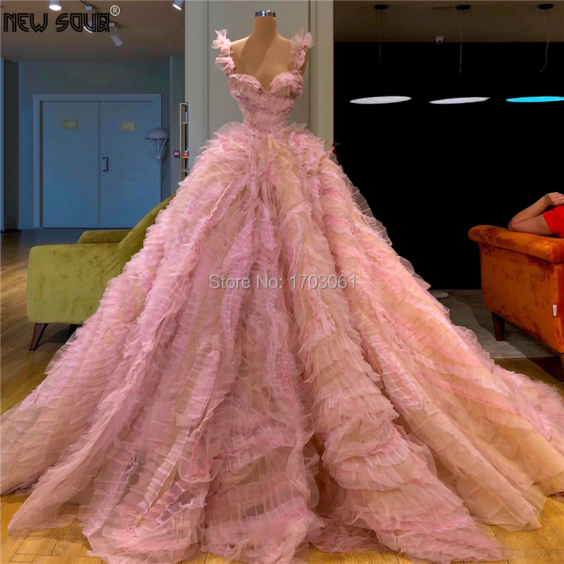 Custom Luxury Long Evening Dresses Puffy Tiered Turkish V Neck Beaded Prom Dress 2020 Couture Saudi Arabia Celebrity Party Gowns