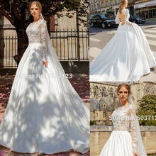 MỘT Đường Dài Tay Áo Váy Đầm Vestido De Noiva Cổ tròn Ren Appliques Hở Lưng Triều Đình Đoàn Tàu Cô Dâu Bộ Đồ Bầu cô Dâu