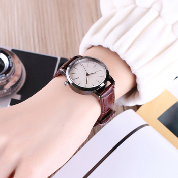 Women Watch Simple Vintage Small Dial Watches Fashion Women's Luxury Black Leather Band Analog Quartz Wrist Watch Ladies Watch mike water resistant silver resin glass dial steel alloy quartz analog wrist watch for men black