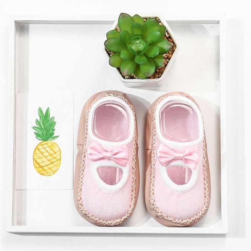 Zapatos de cuna para recién nacidos, zapatos de bebé, niño, bebé, dibujos animados, Calcetines antideslizantes para recién nacidos zapatos de zapatilla