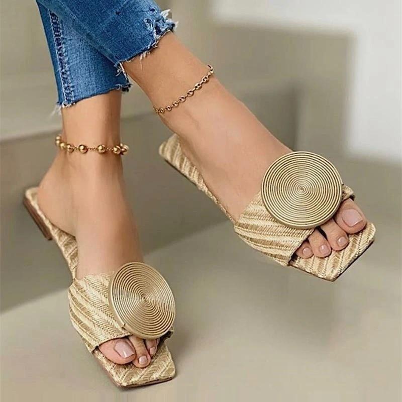 Женские сандалии на плоской подошве, повседневные однотонные шлепанцы больших размеров с круглым вырезом и пряжкой, пляжная обувь, лето 2021