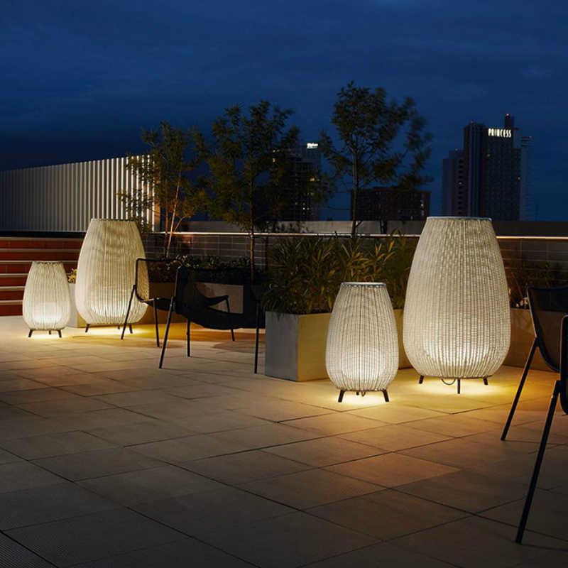 Modern Southeast Asia Outdoor Lamp