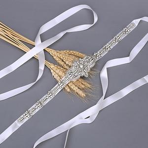 Image 2 - TRiXY S374 ceinture de mariée de luxe ceinture de mariage en argent ceinture de mariée en soie indienne brillante ceinture de perles médaille royale artisanat diamant ceinture de mariée