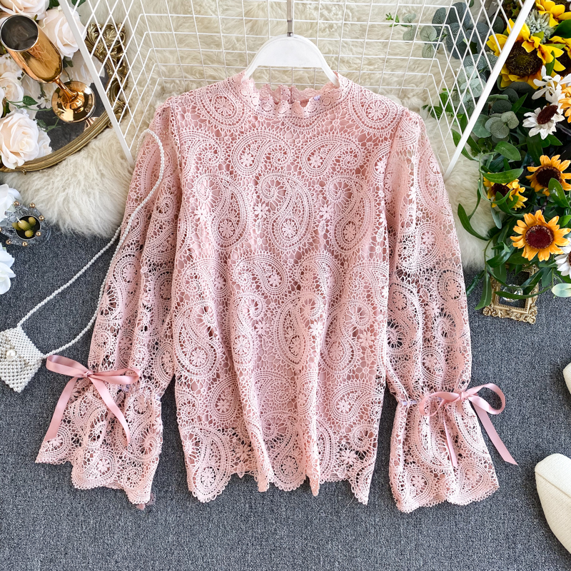 Women's Lace Shirt Top Design Hollow Flare Sleeve Korean Loose Wild Lace Shirt Spring Autumn O-Neck Office Lady Women Tops ML665