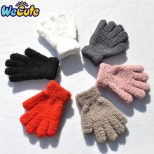 Moda nowe dziecięce rękawiczki dziecięce zimowe koralowe rękawiczki polarowe ciepłe zagęścić rękawiczki miękkie pełne rękawiczki gorące chłopięce dziewczęce rękawiczki tanie tanio wecute COTTON 1403 16*11cm Stałe Unisex 1pair
