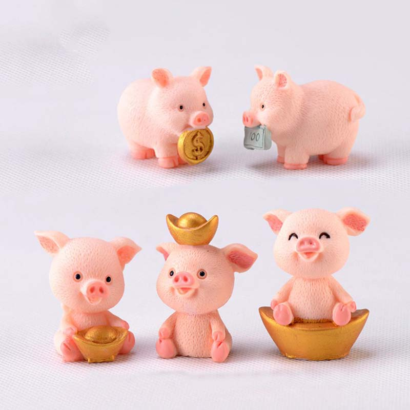 Cute Fortune Pig Resin Miniature Crafts Christmas Pendant Lucky Piggies Cake Topper Decoration DIY Micro Landscape New Year 2021