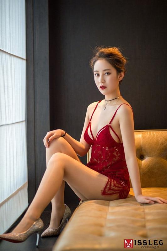 网红乔依琳钻石合集[352P-3V]