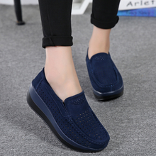 2019 Spring Women Flats Shoes Platform Moccasins Hollow Loafers Lady Flat Sneakers Casual Leather Breathable Creeper