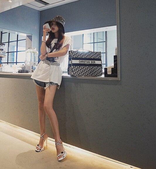 Новая модная обувь на весну и лето, 19 спортивные сандалии с буквенным принтом «Baitie» черного и белого цветов для пожилых пап женская обувь на ... - 3