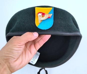 Nowa armia amerykańska 8 Siły specjalne grupa wełna zielony Beret AIRBORNE siły specjalne PATHFINDER INSIGNIA Hat Cap 1963 ~ 1972 tanie i dobre opinie CINESSD Z wełny CN (pochodzenie) Dla dorosłych Stałe Formalne
