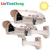Outdoor Dummy Camera Bullet Aangedreven home/straat Beveiliging Video Surveillance Fake Camera solar Gratis Verzending(China)