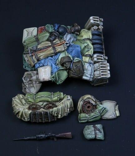 1/35  Modern Accessories Bag Set Resin Figure Model Kits Miniature Gk Unassembly Unpainted