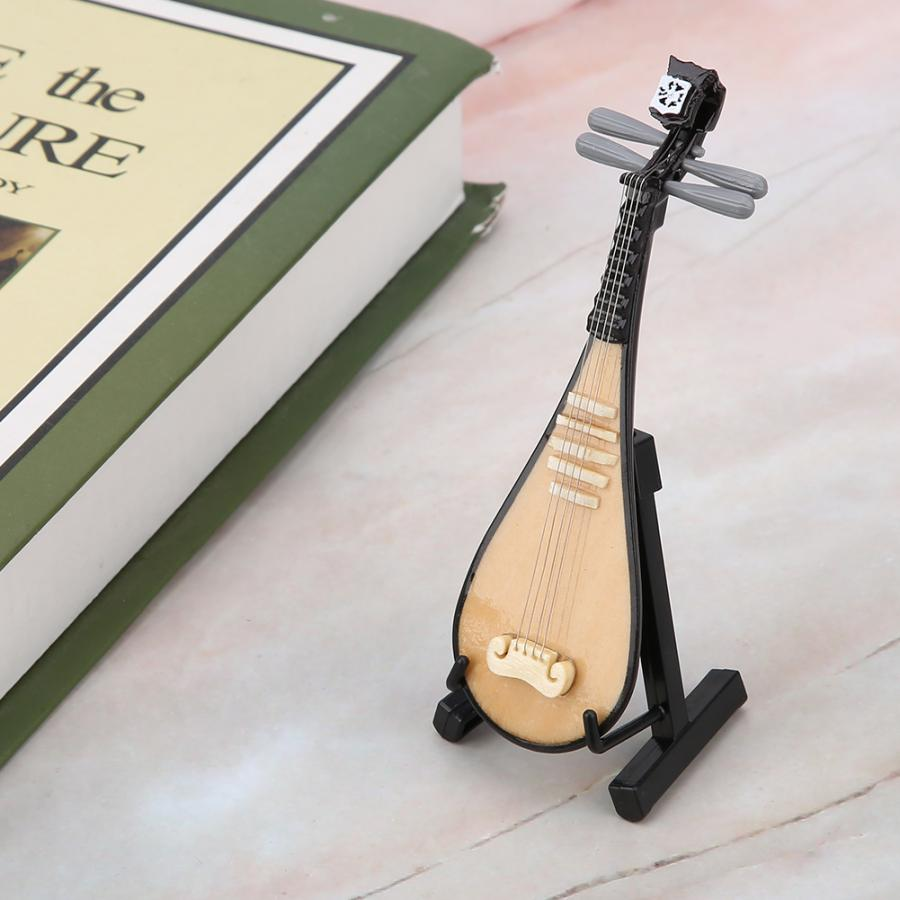 CM7 Mandolin Miniature with Case 3 Inches
