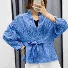 Старинные Выдалбливают Женщин Длинный Рукав Оберните Топ Элегантный 2020 Зашнуровать Синий Повседневный Топ Блузка Сексуальный Вышивка Шикарная Женщина Рубашки
