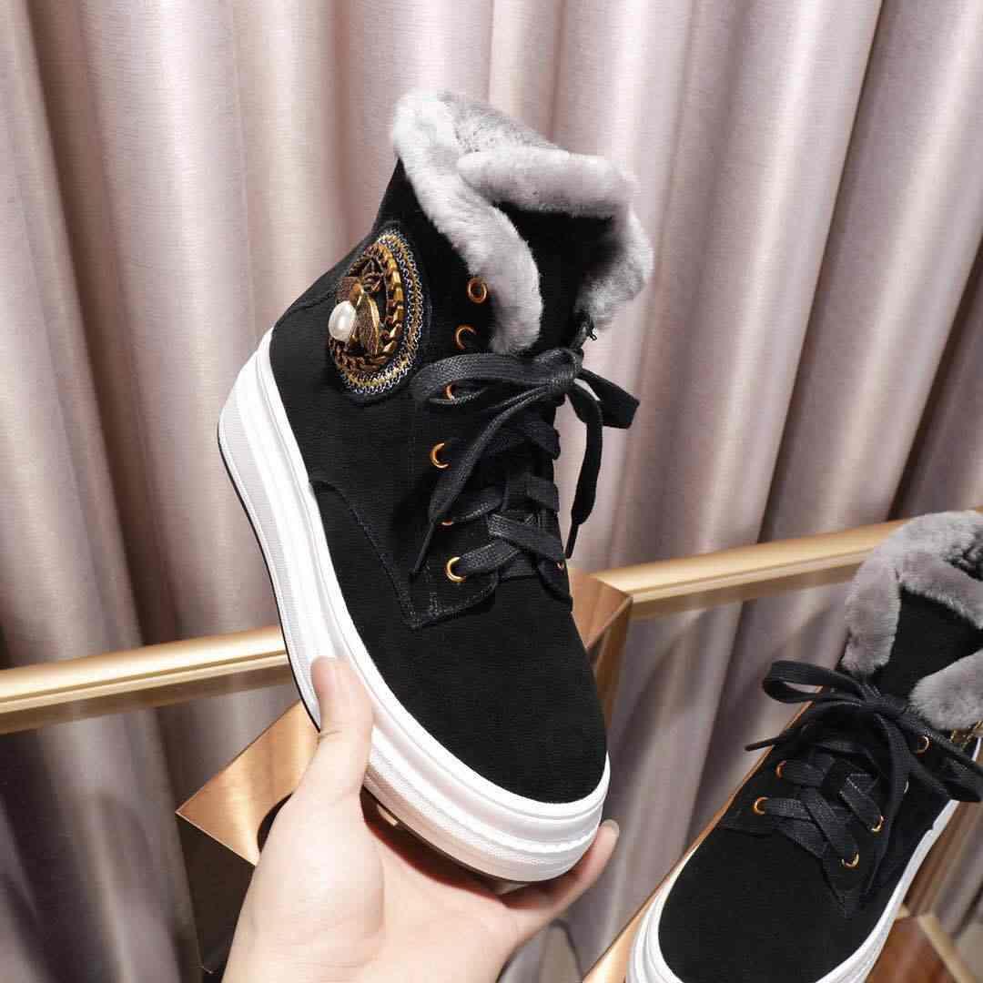Kış kar botları kadın yün Botas Mujer yarım çizmeler kadınlar için kalın taban ayakkabı kadın rahat Botas Feminina Lace Up bayanlar ayakkabı