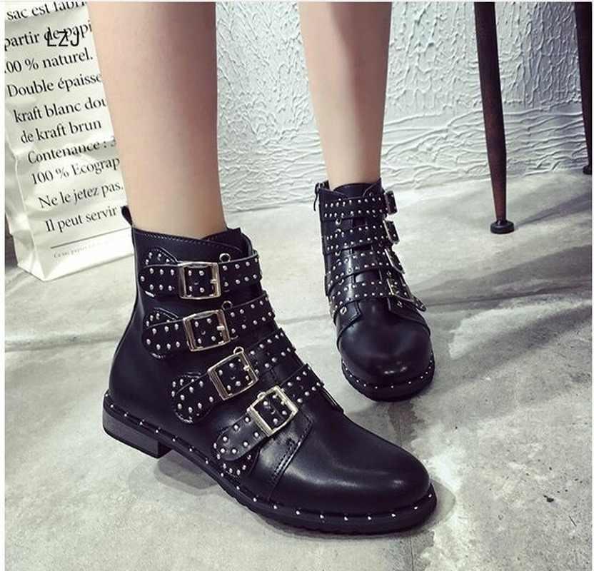 Lzj rebites botas de couro falso fivela tiras de salto grosso preto tornozelo botas femininas cravejado decorado mulher botas motocicleta