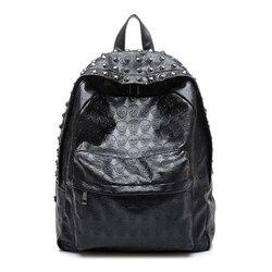 2019 Cool crâne sac à dos mode femmes en cuir sac d'école pour les adolescentes voyage sacs à dos Rivets sac à dos mochila noir