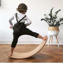 Child Balance Toy Wooden Seesaw Indoor Curved Board Baby Double Wooden Outdoor Seesaw Yoga Board Outdoor Toys for Kids