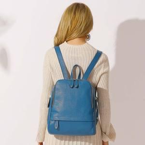 Image 3 - Mochila De piel auténtica para mujer, nueva oferta de bolsos de viaje femeninos, mochilas escolares prácticas para niñas, Notebook de gran capacidad, 100%