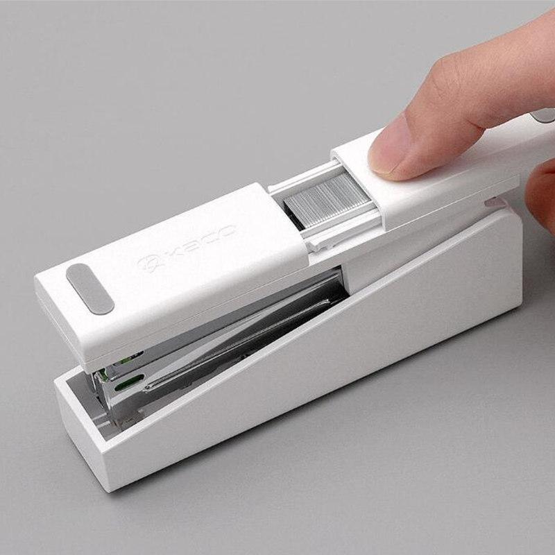 Xiaomi-Mijia-LEMO-Simple-Stapler-Mini-Safe-24-6-26-6-Include-100-Pcs-Staples-Nails (2)