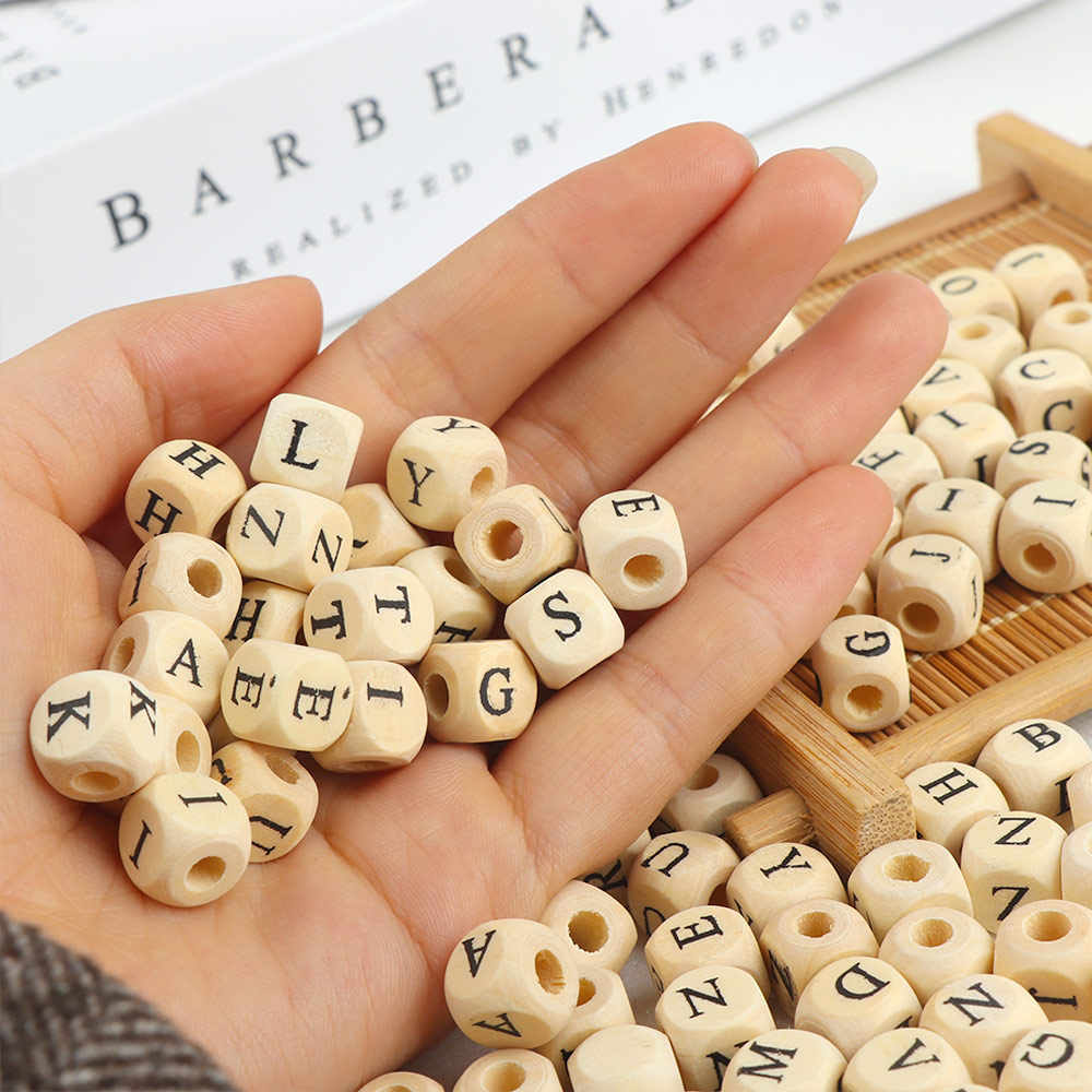 100pcs/lot Square Wooden Alphabet Letter Number DIY Beads Baby Smooth Teether For Jewelry Making Accessories 10mm