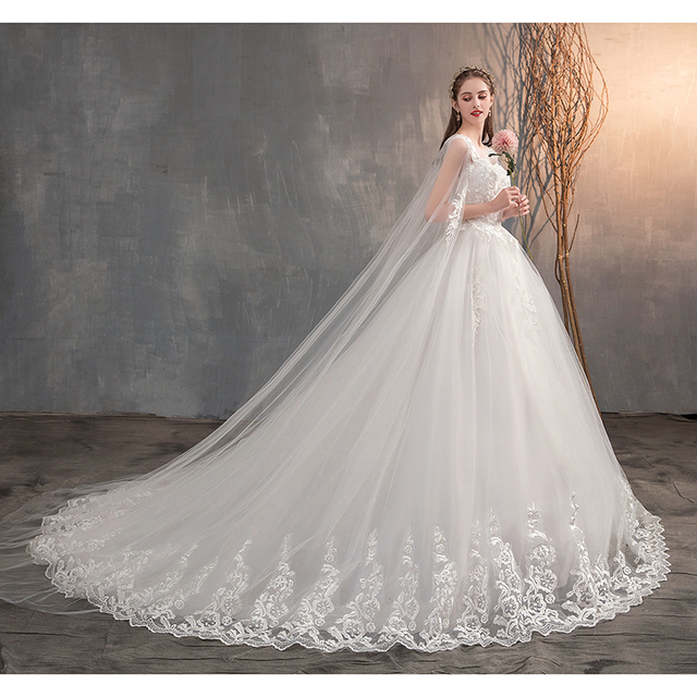2021 Chinese Wedding Dress With Long Cap Lace Wedding Gown With Long Train Embroidery Princess Plus Szie Bridal Dress 2