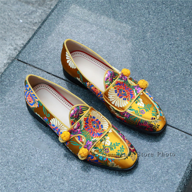 Ethnic Embroidery Flower Party Shoes Man Round Toes Flat Heel Slip-on Loafers Knitted Ball Belt Decor Spring Men Shoes 4