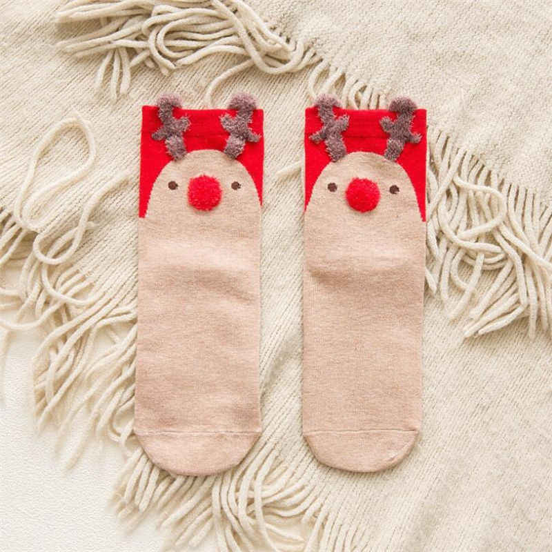 1 زوج الملونة القطن الأحمر الجوارب ثلاثي الأبعاد الكرتون عيد الميلاد الجوارب لطيف اليابانية السيدات الجوارب ل الخريف والشتاء الجوارب