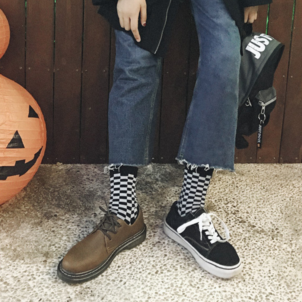 1 Pair Women Men Personality Sport Plaids Socks Trend Couple Cotton Socks Black And White Checkerboard Mid Stockings Socks