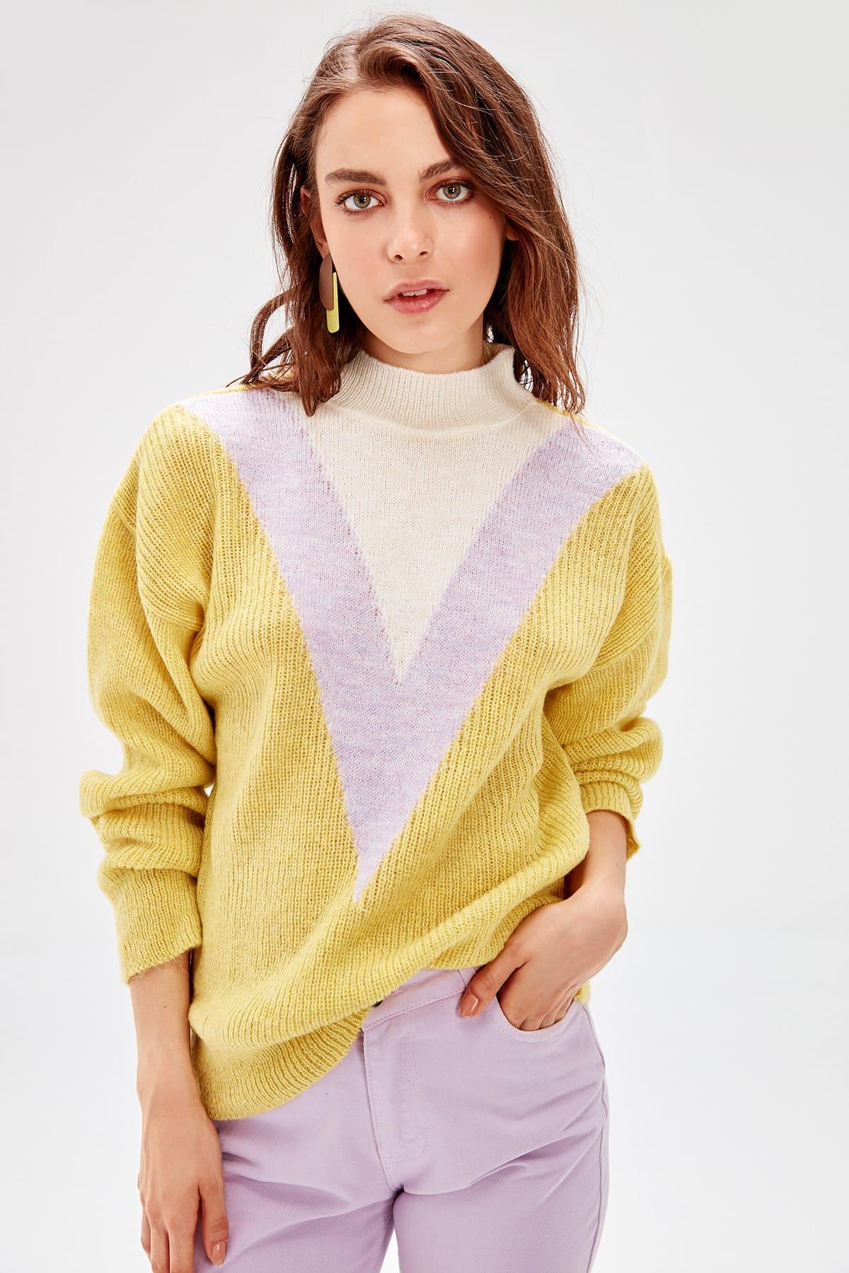 Trendyol Women Sweater Yellow Pattern Mock Turtleneck Pullovers TWOAW20ZA0058
