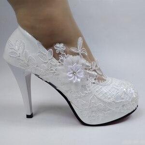 Image 4 - BaoYaFang לבן פרח משאבות חדש הגעה נשים חתונה נעלי כלה גבוהה עקבים פלטפורמת נעלי לאישה גבירותיי המפלגה שמלת נעליים